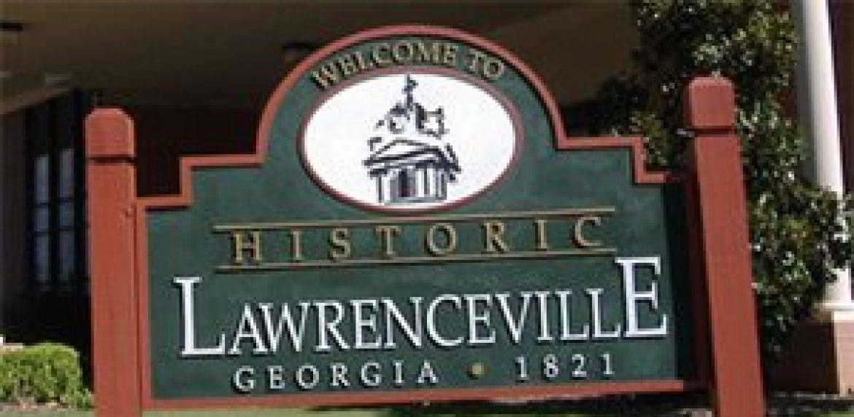 green Lawrenceville street sign