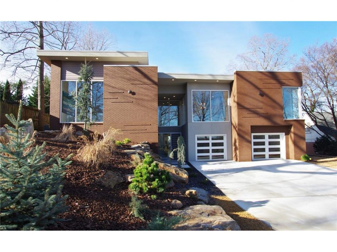 1002 Citadel Drive Atlanta GA 30324 in Lavista Park Contemporary House